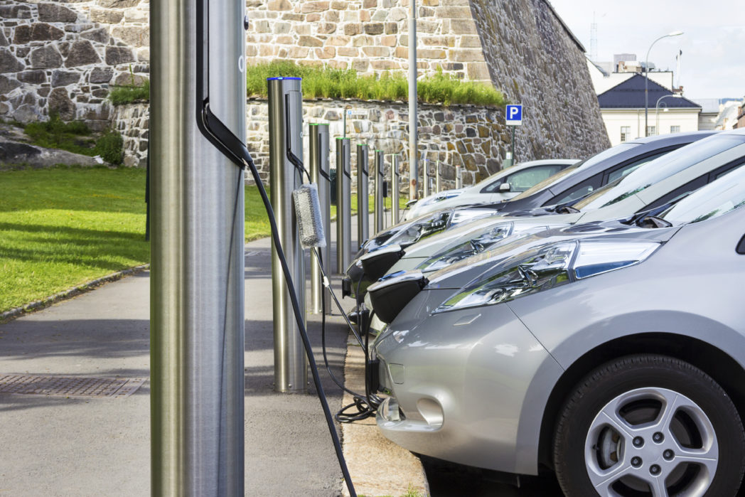 electric cars charging, Photo: shutterstock