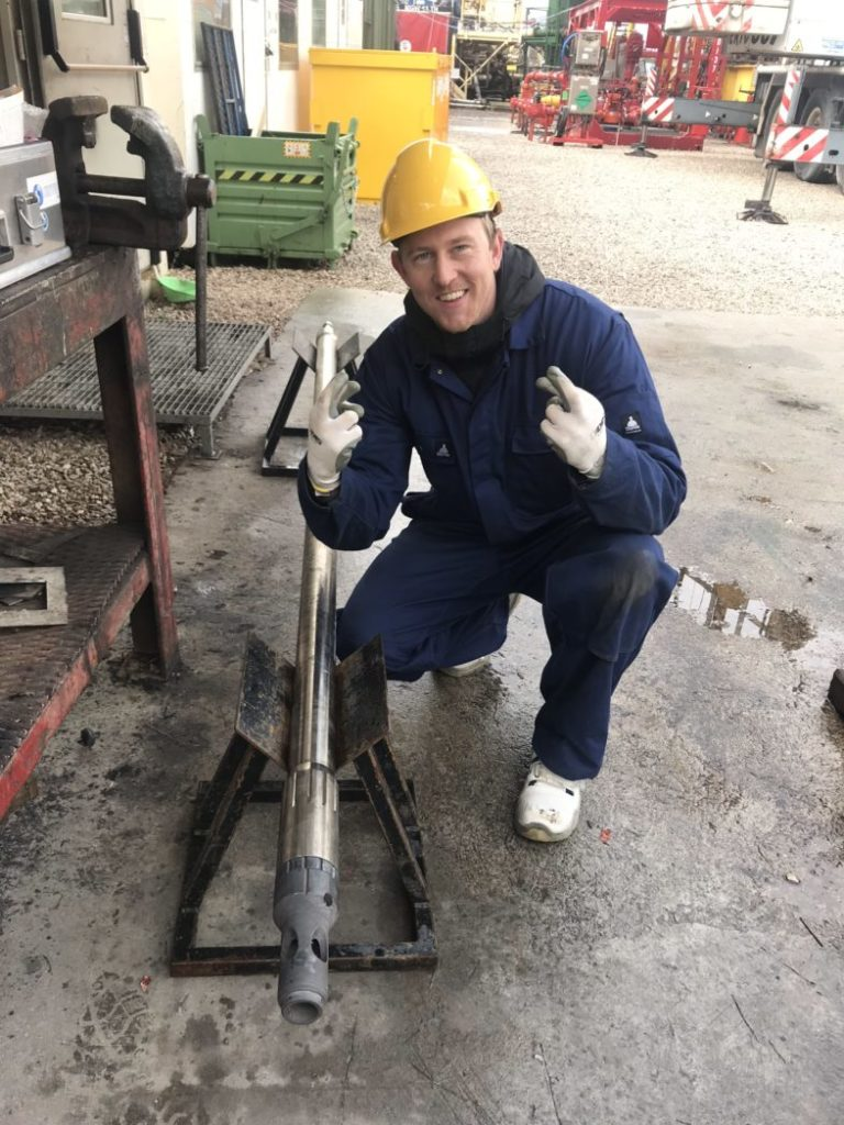 SINTEF researcher Morten Røed is very happy with the world record. Here i is keeping his fingers crossed before lowering the logging tool into the well. Photo: SINTEF