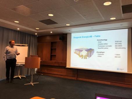 Henrik Landsverk (Skagerak Nett) presenterer demoprosjektet Skagerak EnergiLAB