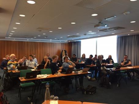 Presentasjonene fra brukerpartnerne ga grunnlag for ivrig diskusjon blant deltagerne