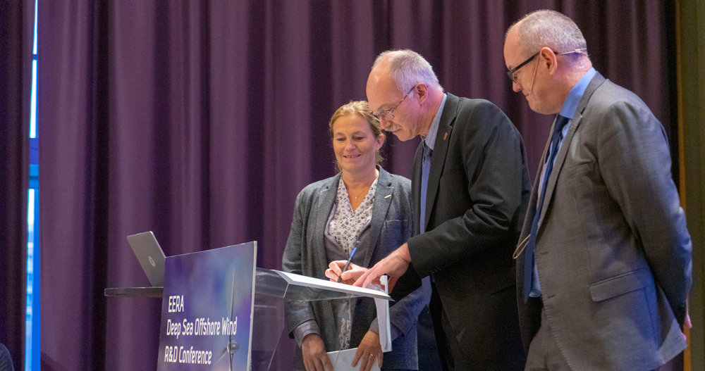 EERA DeepWind 2019 DTU, SINTEF and NTNU signed an agreement to expand their collaboration on offshore wind research and innovation.