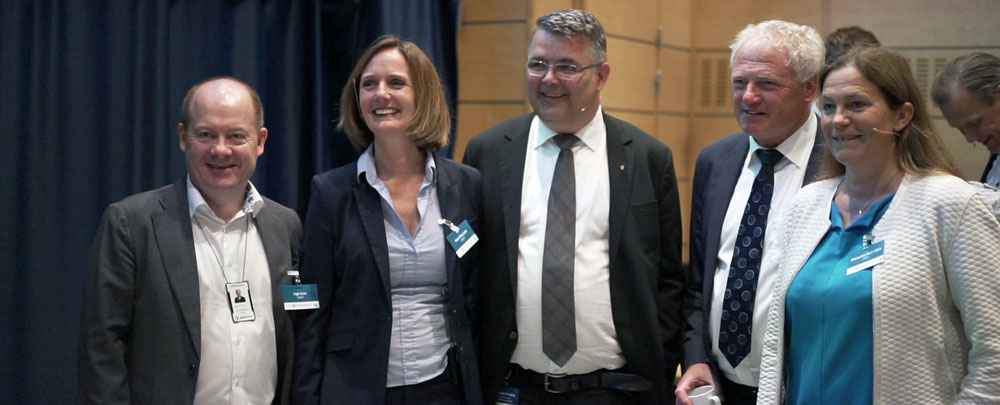 From left: Inge R. Gran, President SINTEF Energi, Marit Mazzetti, Actng Centre Director and Centre Manager at LowEmission, Minister of Petroleum and Energy, Mr. Kjell-Børge Freiberg, Johan Hustad, Director NTNU Energy and Alexandra Bech Gjørv, CEO SINTEF