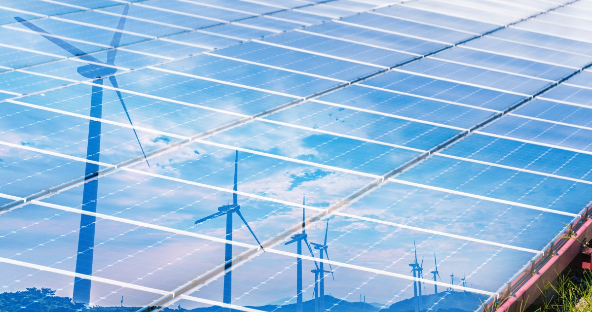 Renewable smart energy system solar and wind