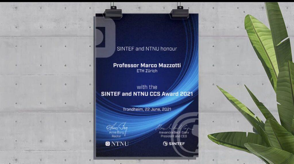 SINTEF and NTNU CCS Award plaque