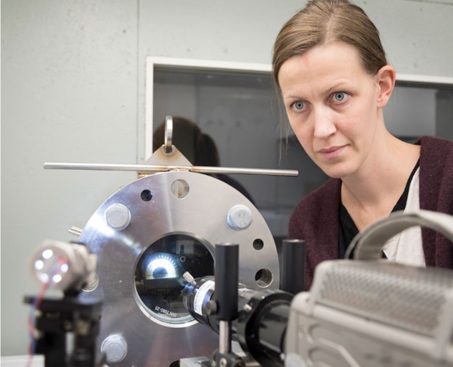 High-pressure low-temperature cell in the SINTEF Energy Research lab
